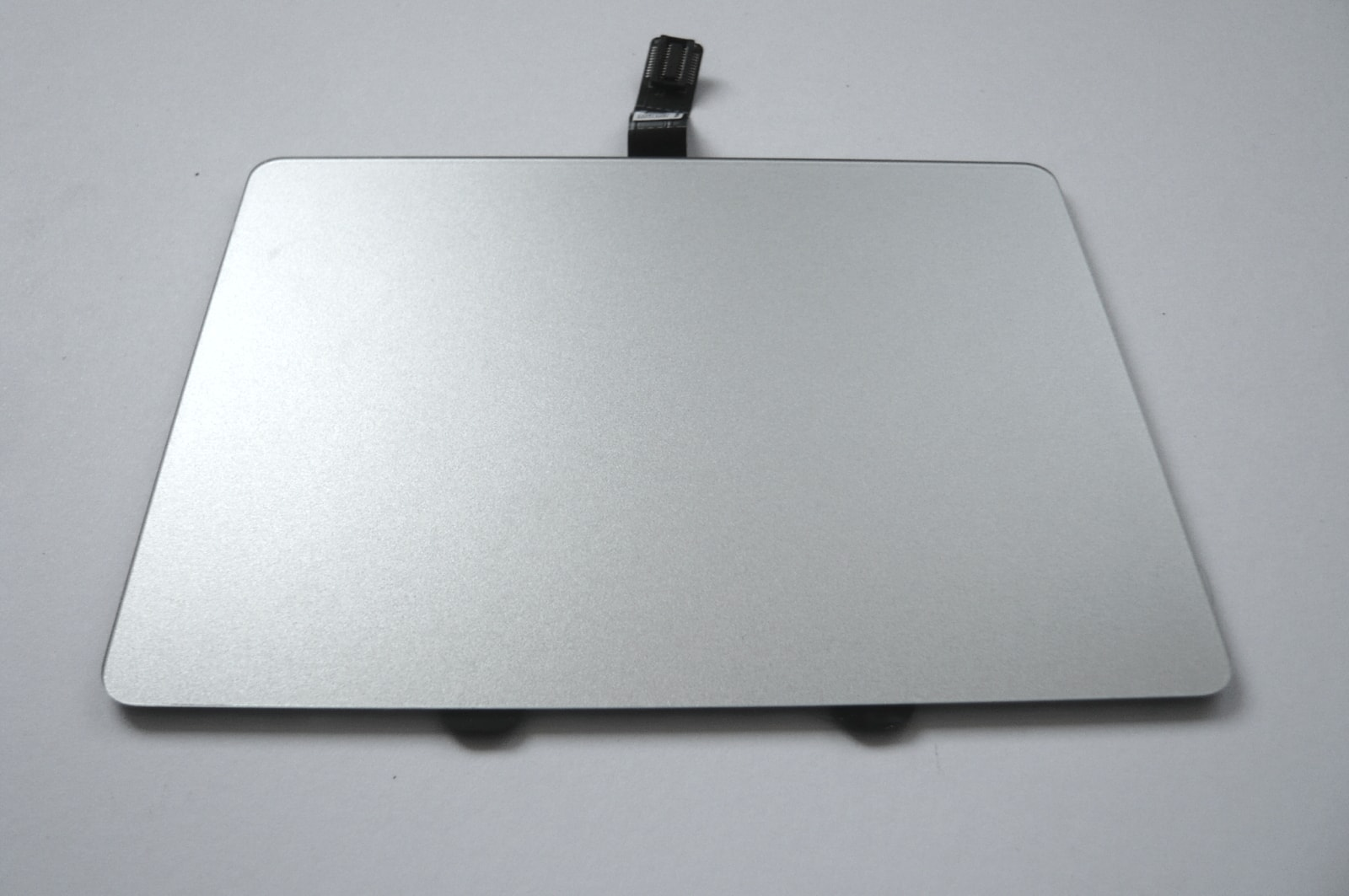 "Genuine Apple Macbook  A1342 13/"" Unibody Touchpad Trackpad 2009 2010"