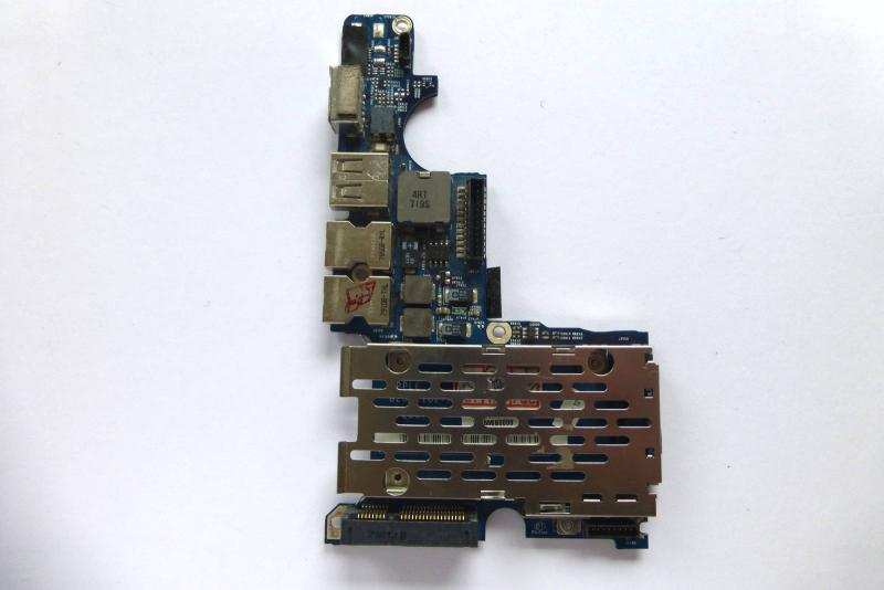 MagSafe Audio Board 922-8040 820-2102-A MacBook Pro 15 inch A1226 Left I O sparepart detail image one